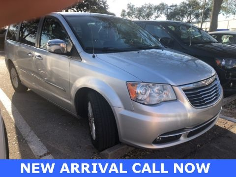 Pre-Owned 2012 Chrysler Town & Country Limited